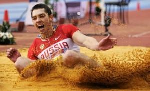 Александр Меньков взял серебро на этапе Мирового вызова по легкой атлетике