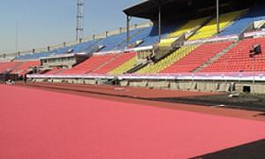 На Центральном стадионе подходит к завершению реконструкция бегового покрытия