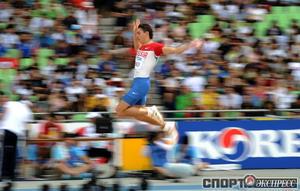 Александр Меньков занял 6 место на Чемпионате мира по легкой атлетике